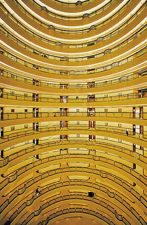 Andreas Gursky Shanghai 2000