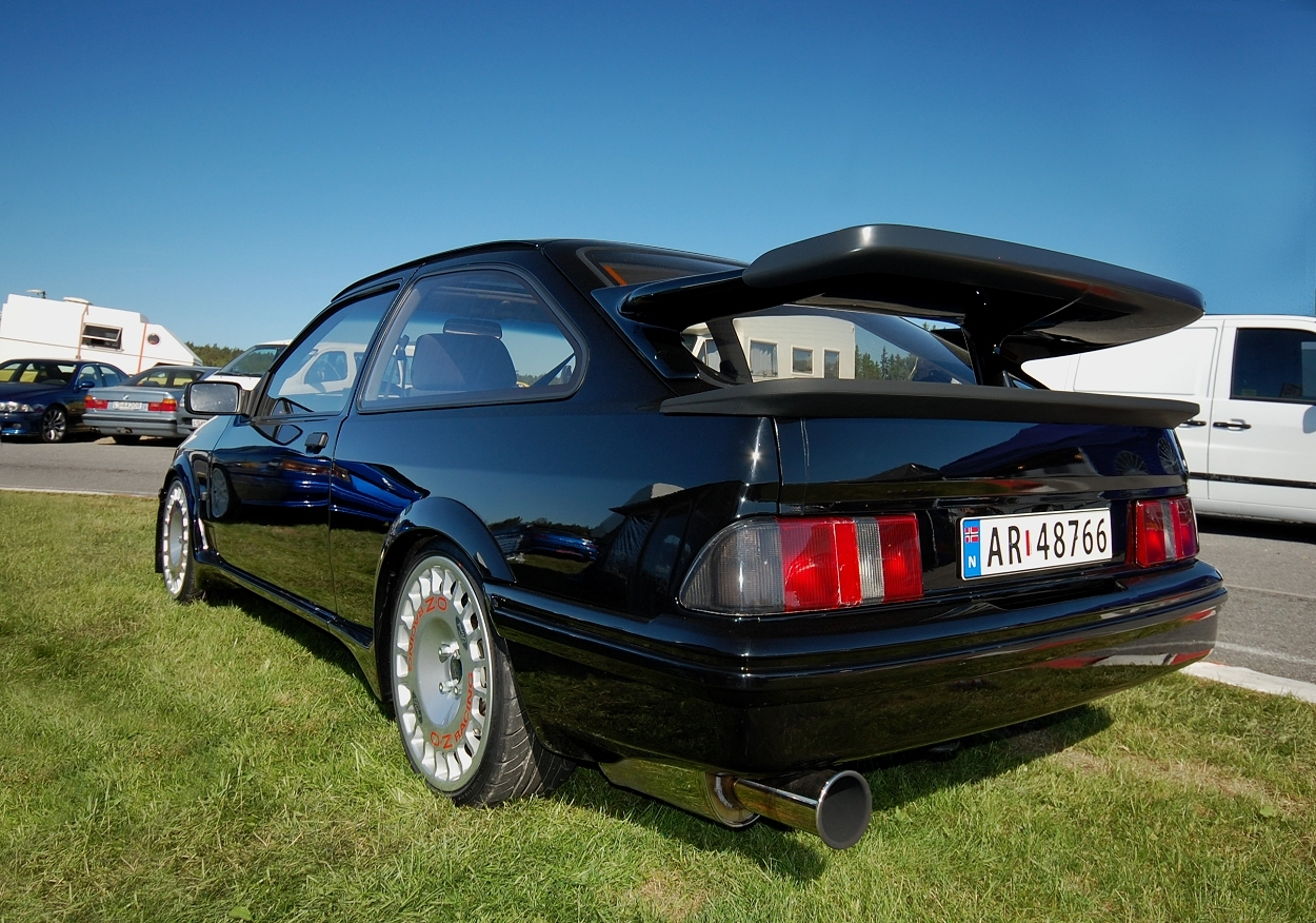 Ford Sierra Cosworth Rs 500 A Photo On Flickriver