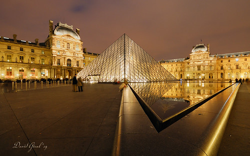The Pyramid and the Louvre at Nightfall II | DRI