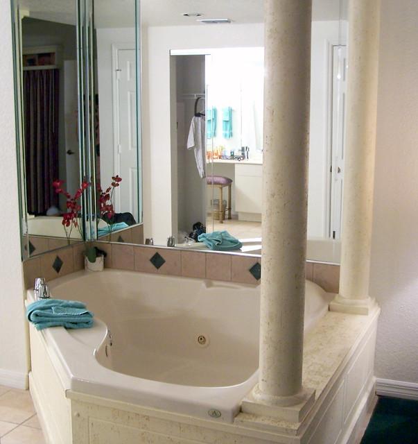 Hot Tub In Master Bedroom