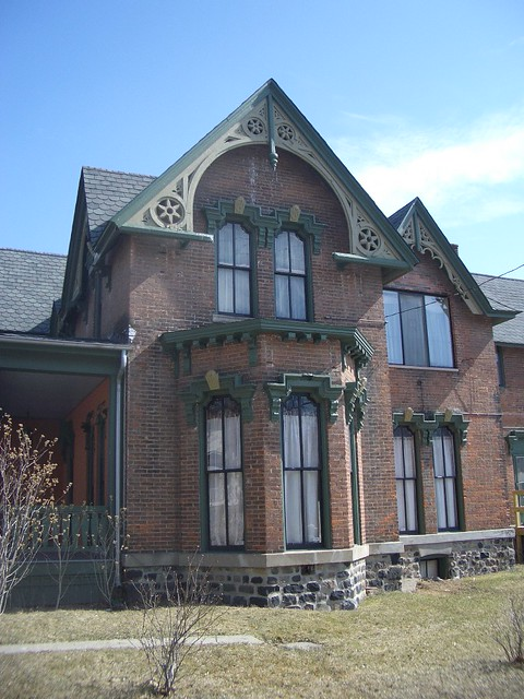 The Mason House c 1872 Brick Italianate Located in Carriage Town Downtown Flint Michigan!