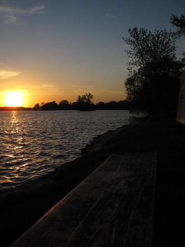 sunset wisconsin bench stevenspoint