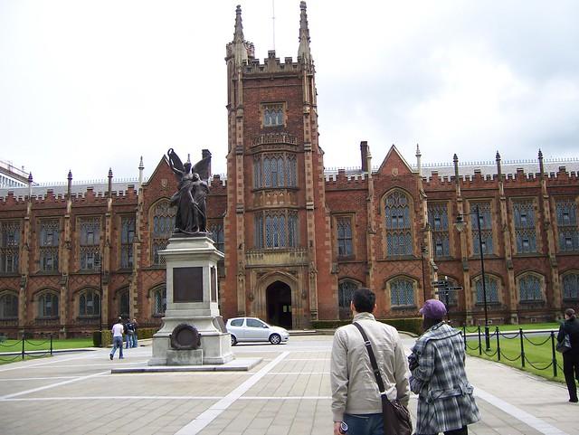 049 -Universidad de Belfast