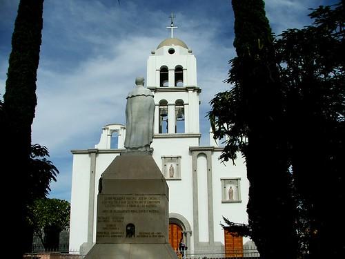 San Pedro de la Cueva, templo de San Pedro Apostol