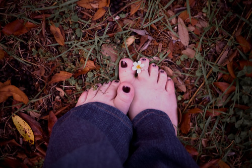 #337 of 365:  I love walking in the grass barefoot.