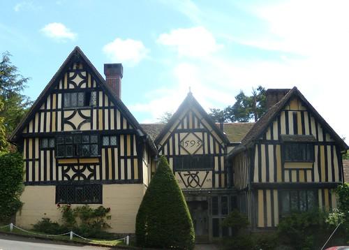1595 house