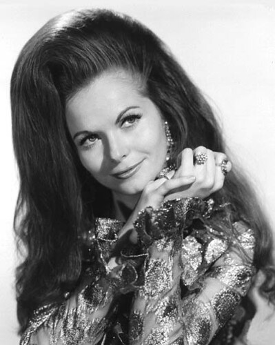girl-hair-jeannie-riley-01
