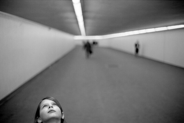 Face - Minimalism in Street Photography