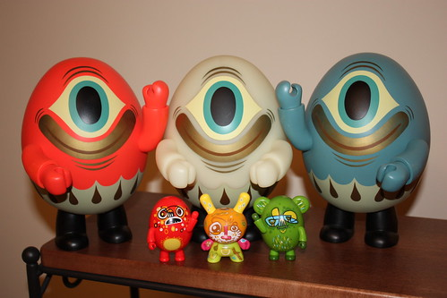 Complete Collection of Tim Biskup Polska Cyclops Egg Qees (feat. Jon Burgerman)
