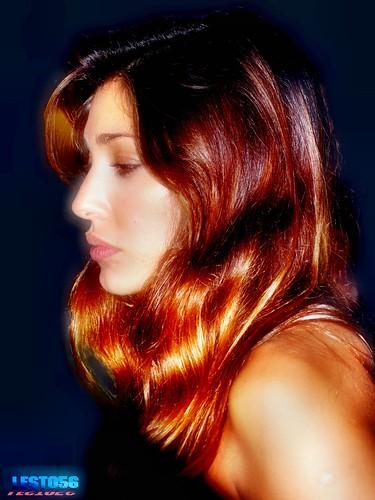Belen Rodriguez sempre più sexy con lo spacco vertiginoso al …