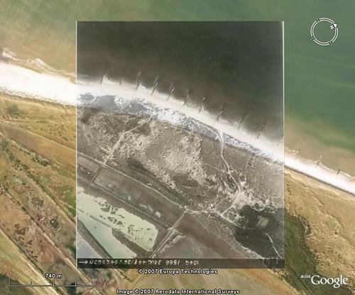 Google-Earth 2008 en RAF luchtfoto  augustus 1944
