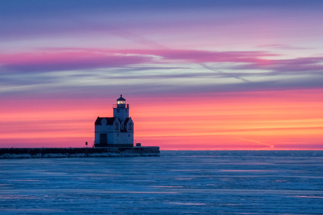 Sunrise, Winter, Frozen, Lake Michigan, Kewaunee, Lighthouse