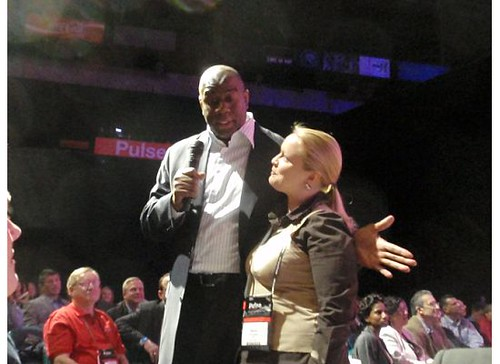 Hanna Smigala with Magic Johnson at Pulse 2009