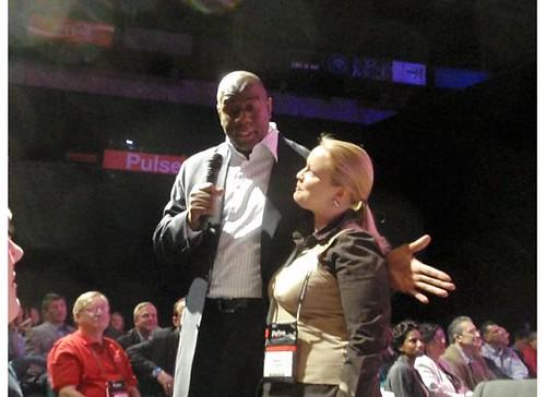 Hanna Smigala with Magic Johnson at Pulse 2009
