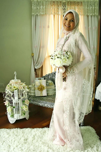 Wedding gown clothing malaysia bridal hijab style for Wedding dress malaysia online