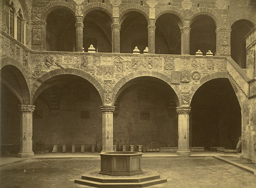 Florence. Court of the Bargello Palace