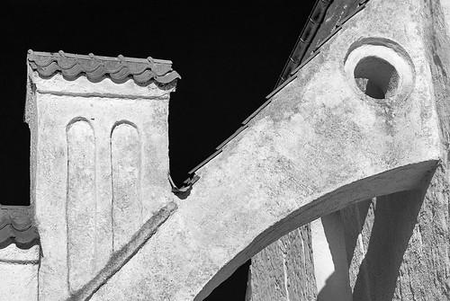 bw church monochrome architecture contrast skåne nikon sweden d200 darksky dalby