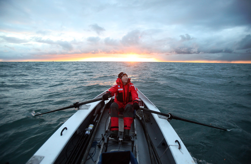 Rowing to France. Image by Danfung Dennis. Copyright 2009.