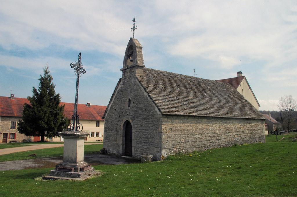 La chapelle saint jean porte latine d 39 uxelles for Porte latine