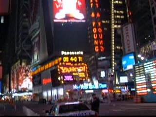 Times Square Yahoo full panning VIDEO !!!