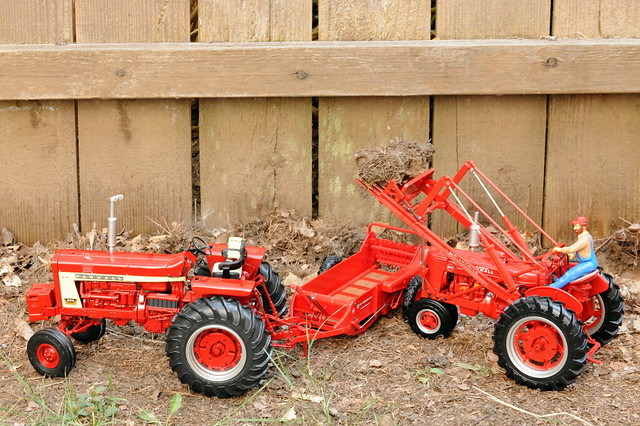 Farmall Manure Spreader : Farmall mccormick manure spreader and md