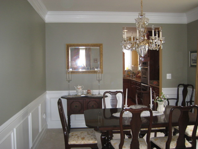 Real homes gray green dining room ellen kennon 39 s 39 ashen for In n out dining room hours