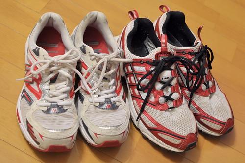 old running shoes - 無料写真検索fotoq