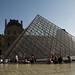 Paris - Jardin des Tuileries - Palais du Louvre et la Pyramide - 22/05/2009