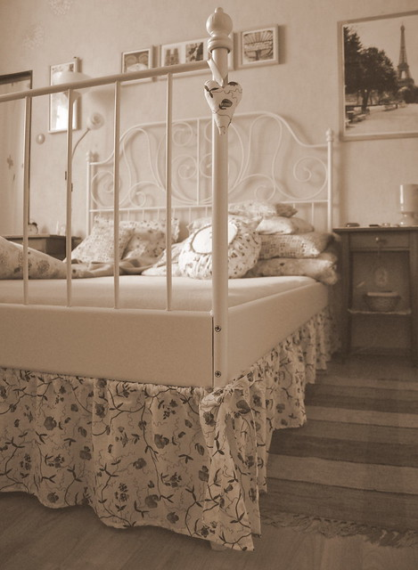 Leirvik Bed Frame Installation