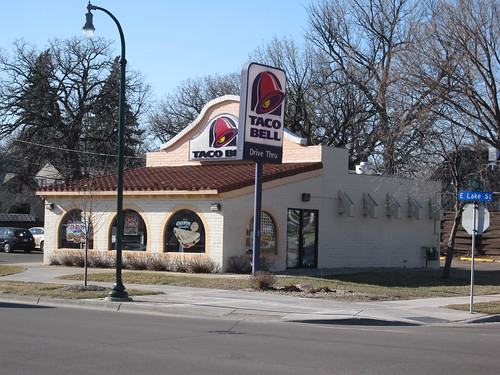 Taco Bell on E Lake Street