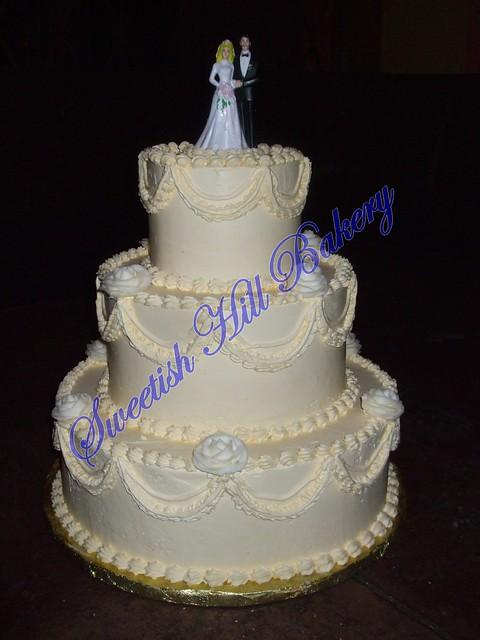 Noelle 39s 50 39s style wedding cake