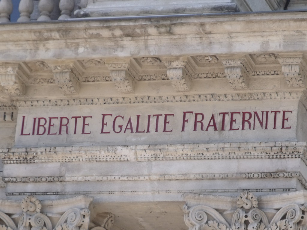 Avignon - Place de l'Horloge - Hotel de Ville - Liberte Egalite Fraternite