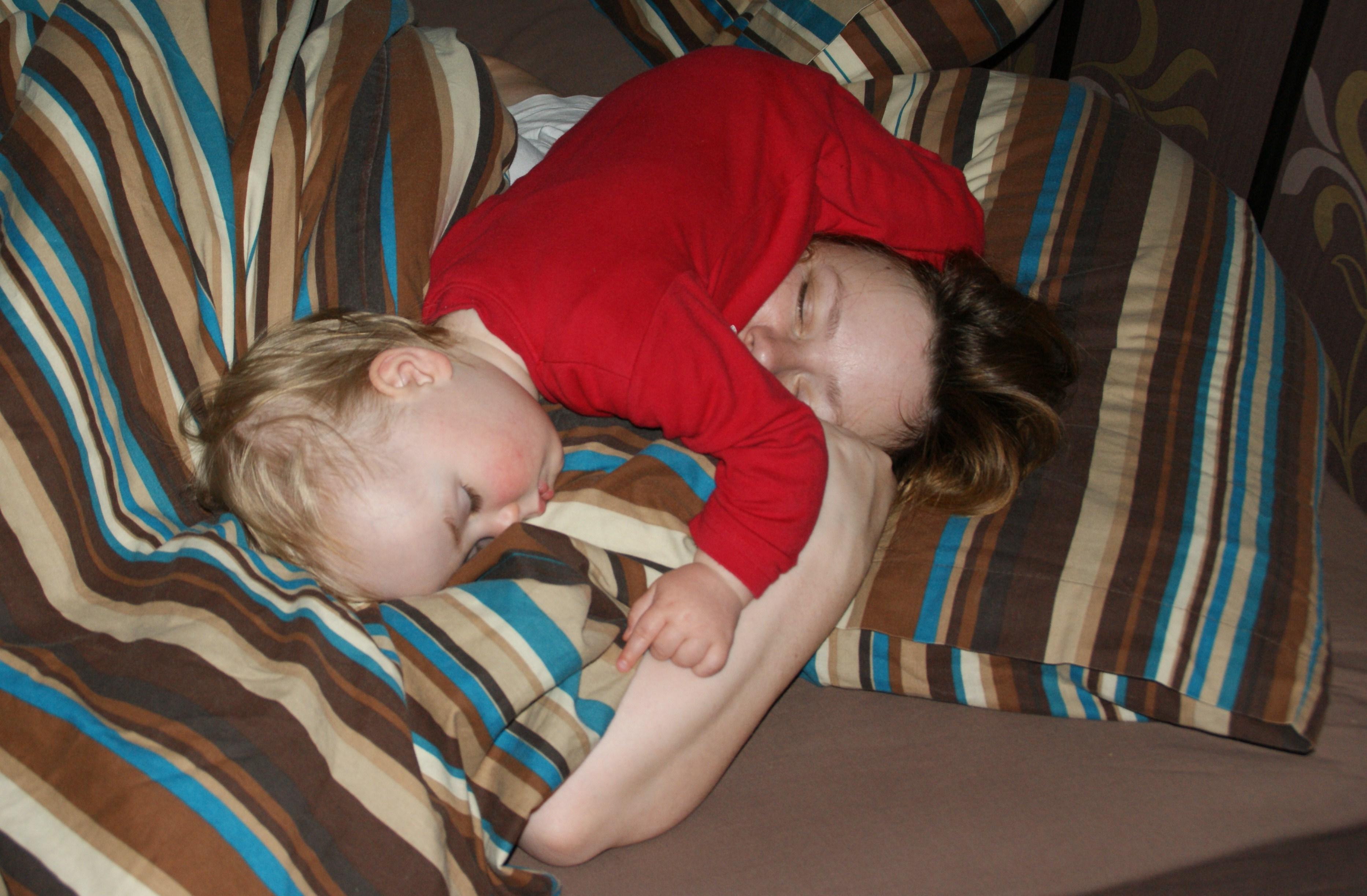 Фото спящие мамы 29 фотография