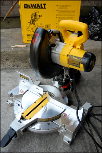 "New Toy: Dewalt 10"" Mitre Saw"
