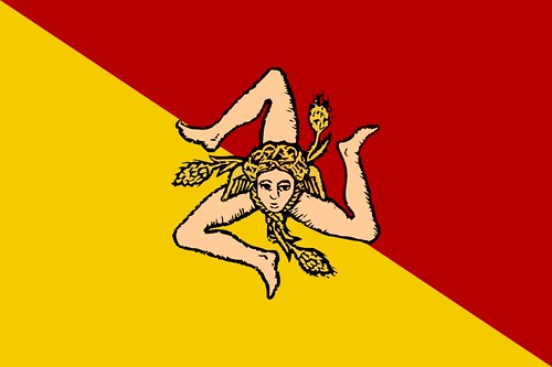 The flag of Sicily, its meaning and facts about Sicily by Sicily Tourist Guide