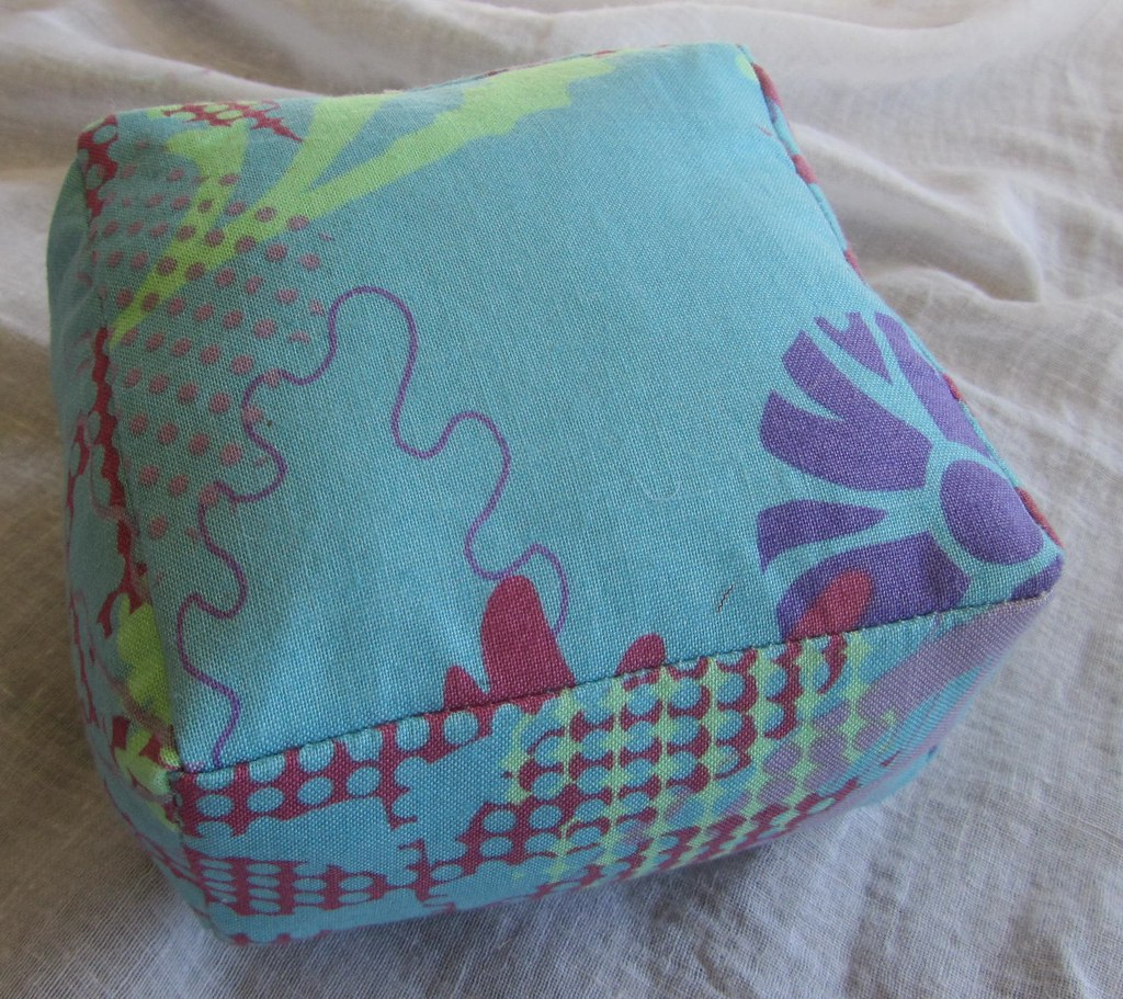 Social tote pincushion