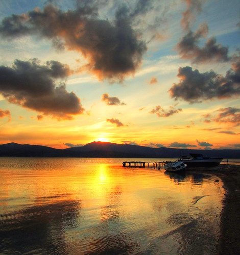 trip travel sunset sea vacation cloud holiday reflection beach turkey boat bravo jetty türkiye deniz iskele sandal pictureperfect izmir bulut günbatımı tatil yansıma turkei seyahat plaj urla supershot özbek mywinners abigfave platinumphoto impressedbeauty theunforgettablepictures overtheexcellence goldstaraward rubyphotographer vosplusbellesphotos
