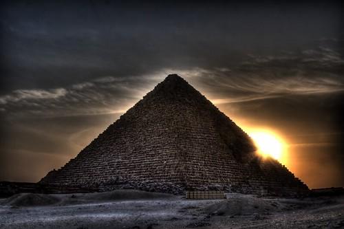 ผลการค้นหารูปภาพสำหรับ pyramid hdr