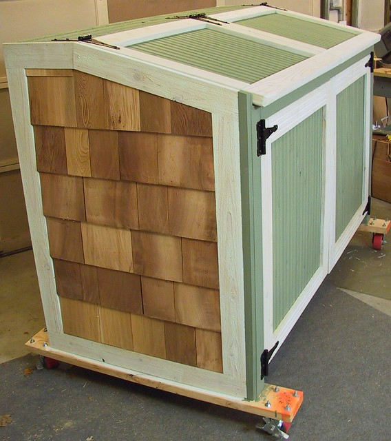 Garbage can storage shed Learn how | Marskal