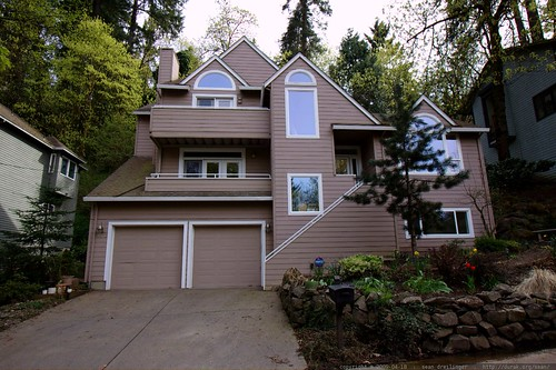 i think this house may go on the market soon    MG 2162