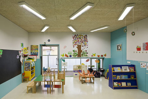 Modern Kindergarten Classroom : Sansaburu kindergarten architecture design classroom