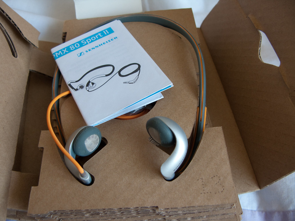 sennheiser pmx 80 sport ii review headphone reviews and discussion head. Black Bedroom Furniture Sets. Home Design Ideas