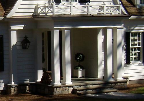 Architecture tourist 2009 shutze award winner dutch for Colonial porch columns