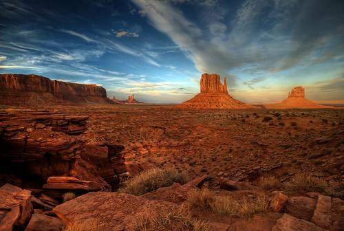 sunset arizona southwest utah desert redrock monumentvalley hdr monoliths sigma1020mm navajotribalpark themittens photomatrix bej nikond80 dragondaggerphoto theartlair