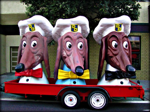 Doggie Diner heads invade the Mission District