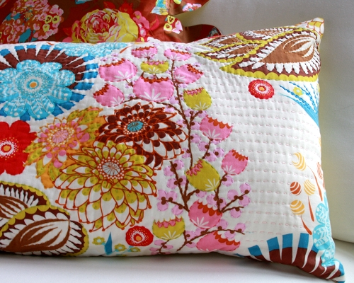 handquilted.pillow