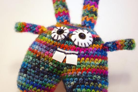 Bunny amigurumi multicolore par CocoFlower