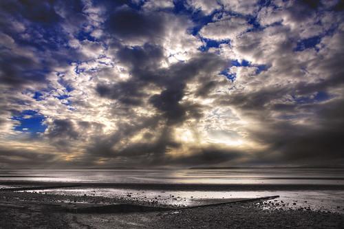 sea urban canada beach water beautiful vancouver clouds canon landscape seaside sand marine rocks bc britishcolumbia tide crescentbeach whiterock lowtide ddd tidepools tidal dolle whiterockbc donderdag doka ddd4 dolledokadonderdag
