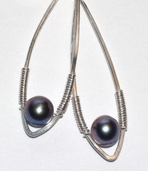 Peacock pearl long teardrops
