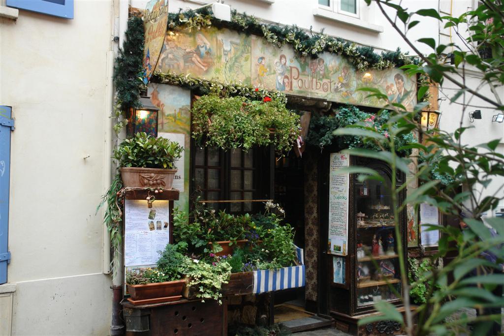 Restaurante Bohemio y de Gran Calidad en el barrio de Montmartre parís - 3330334417 419865e683 o - Cosas que NO debes hacer en París como turista